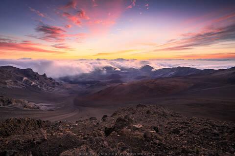 Hawaii, Maui, Haleakala National Park, Sunrise, volcano, clouds, summit, reservations, tropical, volcanic, experience