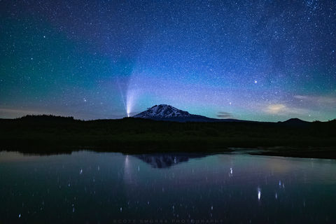 C/2020 F3, NEOWISE, Comet, Mt Adams, mountain, Cascades, stream, lake, night