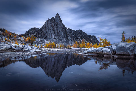 Enchantments, Washington, Cascades, night, evening, Western Larch, trees, Larix occidentalis, fall, Alpine, Lakes, Wilderness, Area, tarn, Prusik Peak