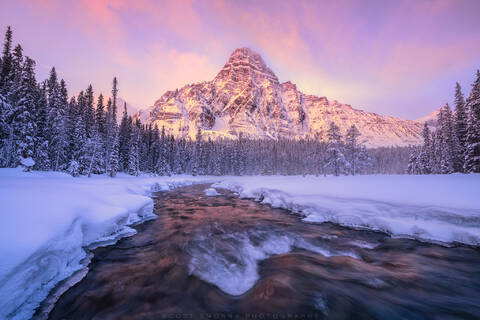 Banff, National Park, Canada, Mount Chephren, snow, stream, ice, sunrise, winter, mist,