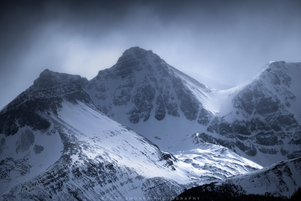Jasper National Park, Alberta, Canada, snow, mountain, valley, telephoto, atmosphere,