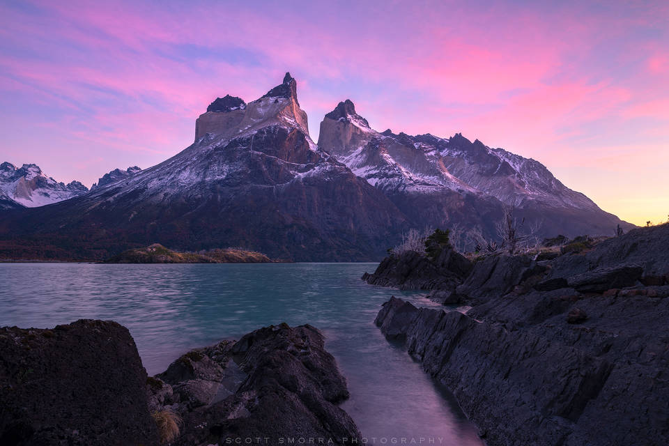 Patagonia, Chile, Parque Nacional Torres del Paine, cuernos, Cerro Cota 2000, Cuerno Principal, Cuerno este, summits, sunrise