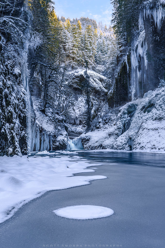 Oregon, Columbia River Gorge, ice, creek, snow, icy, cold, sunlight