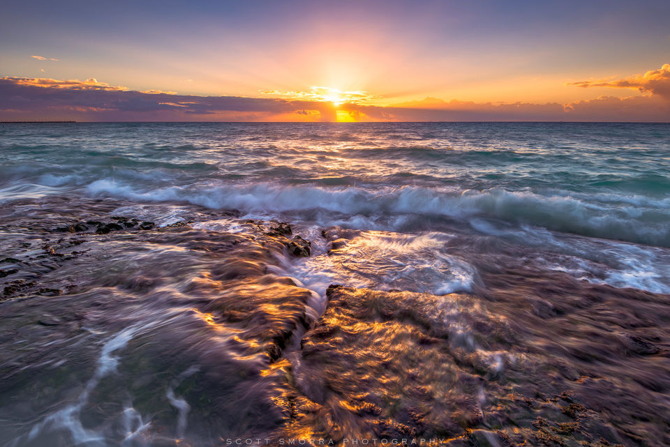 Mexico, Playa del Carmen, Riviera Maya, sunrise, waves, rocks, playa,