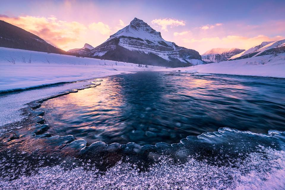 Jasper National Park, Canada, winter, Tangle Peak, ice, stream, sunrise