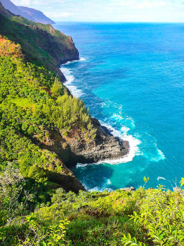 A beautiful view down the Napali Coast of Kaua'i from the Kalalau Trail